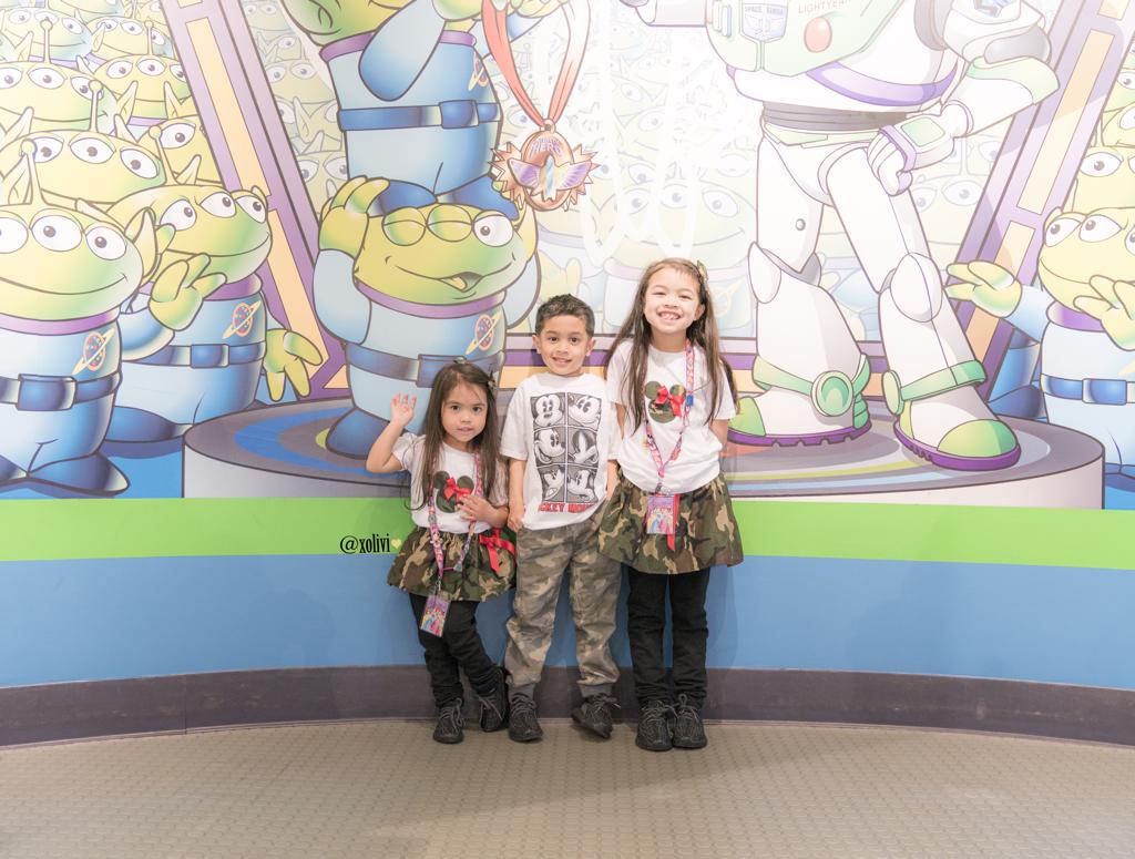 disneyland kids outfits